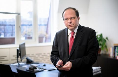 11.000 versus 1.630 – Deutschland spart bei Studienplätzen