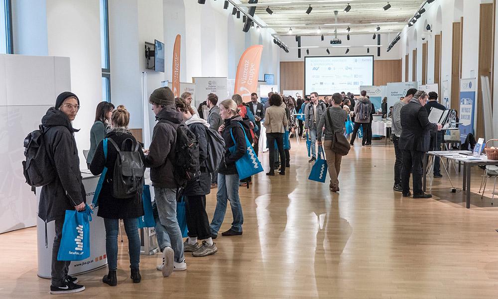 Mögliche Karrierewege wurden bei der MedKarrriere in Wien und Graz vorgestellt